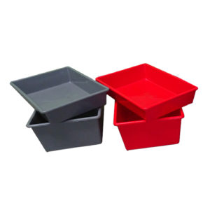 Plastic Trays & Containers